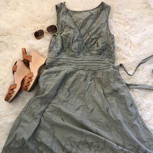 Dresses & Skirts - Gorgeous dress size 8 (M)